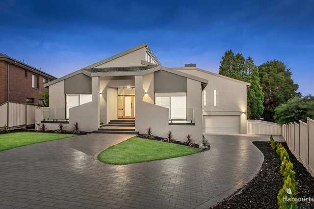 11 Homestead Place, Mill Park VIC 3082