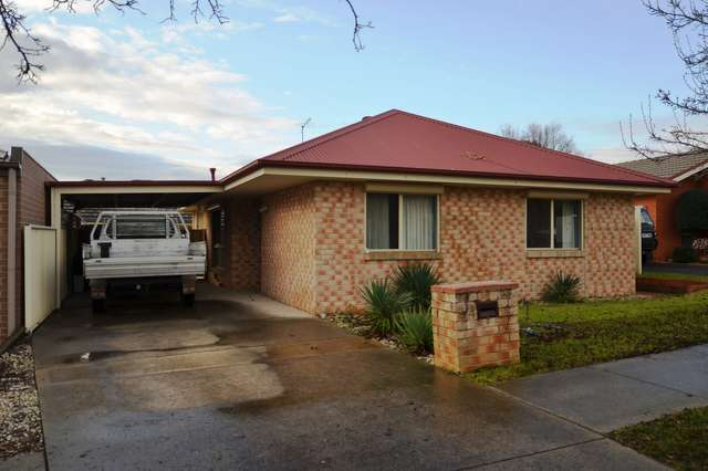 2/4 Pickering Place, Wodonga VIC 3690