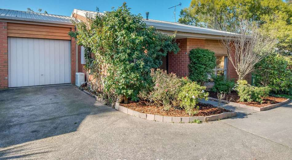 8/4 Bayview Avenue, Upwey VIC 3158