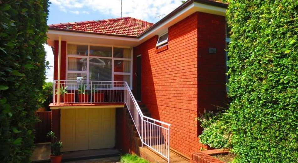 82 Alma Road, Maroubra NSW 2035