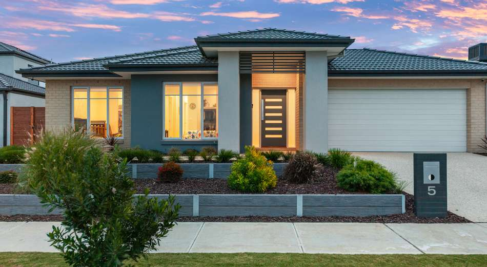 5 Sandymount Drive, Clyde North VIC 3978