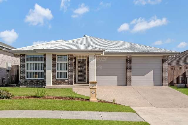 31 Tander Street, Oran Park NSW 2570
