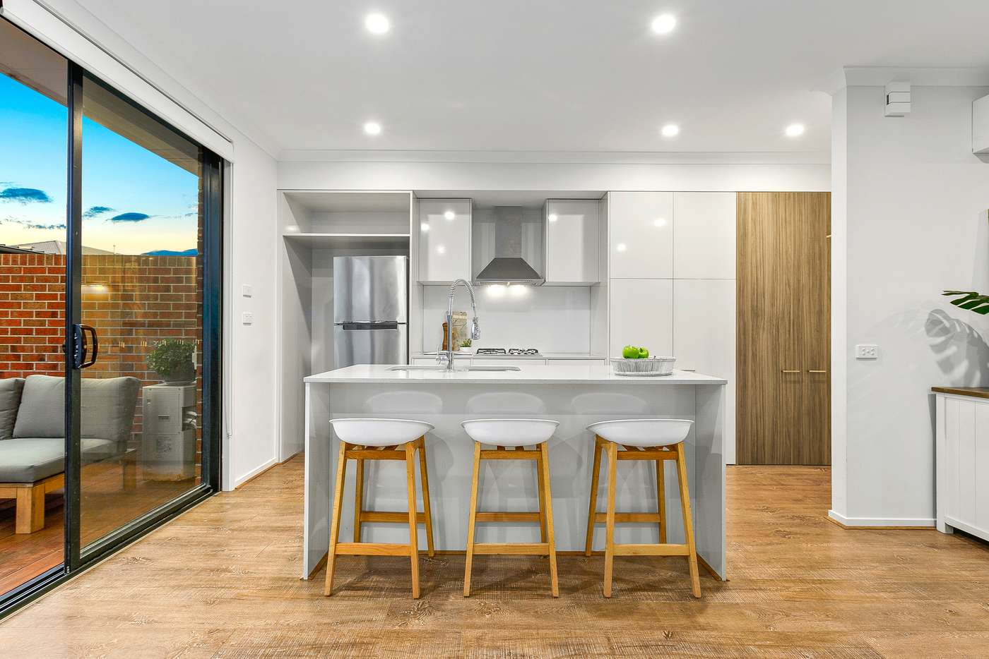 Fifth view of Homely house listing, 8 Parkdale Drive, Lyndhurst VIC 3975