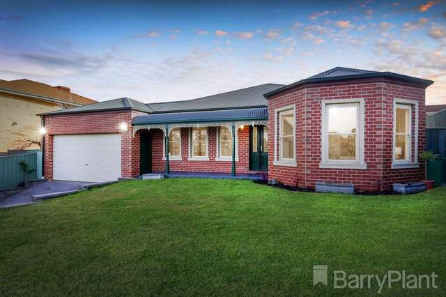 65 Stonebridge Way, Attwood VIC 3049