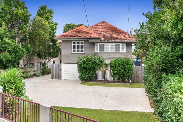 9 Preston Road, Manly West QLD 4179