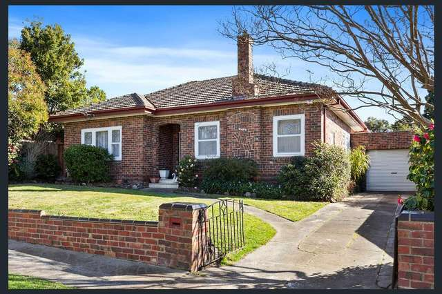 12 St Andries Street, Camberwell VIC 3124