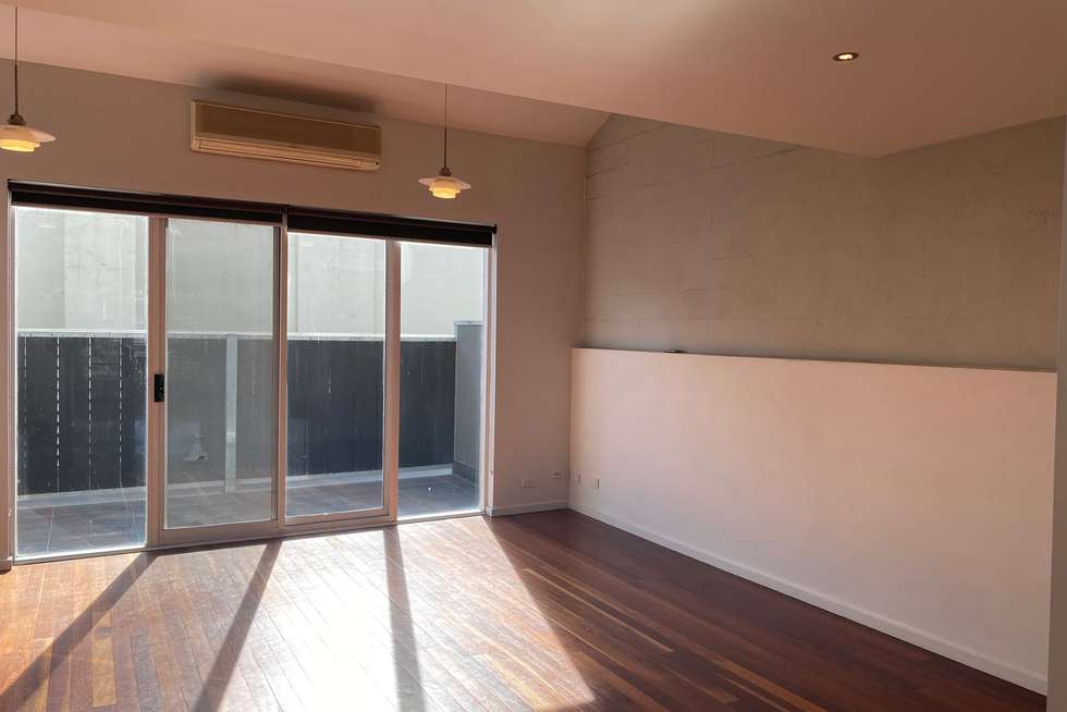 Fifth view of Homely apartment listing, 12/3-5 Anderson Street, West Melbourne VIC 3003