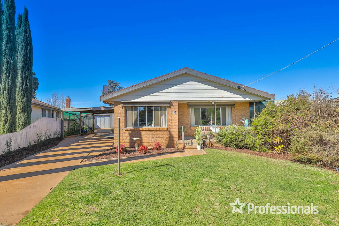 Main view of Homely house listing, 6 Myrtle Court, Irymple VIC 3498
