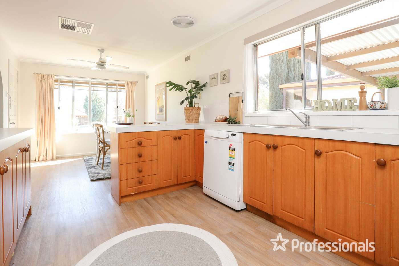 Sixth view of Homely house listing, 6 Myrtle Court, Irymple VIC 3498