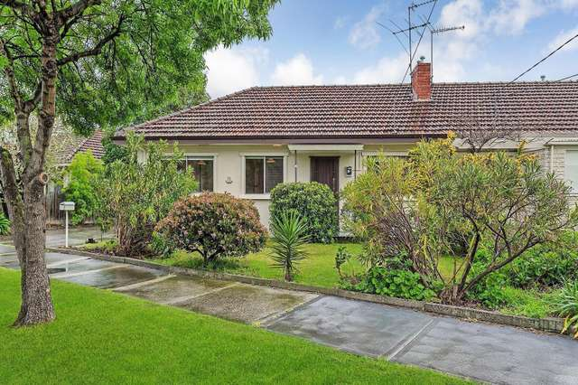 11 Sandridge Avenue, Port Melbourne VIC 3207