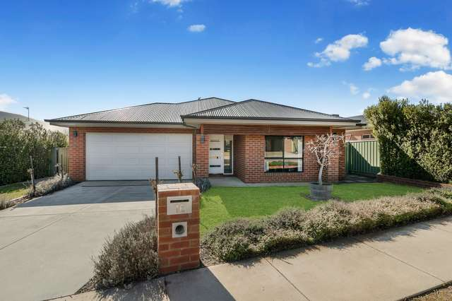 16 Rachel Terrace, Maiden Gully VIC 3551