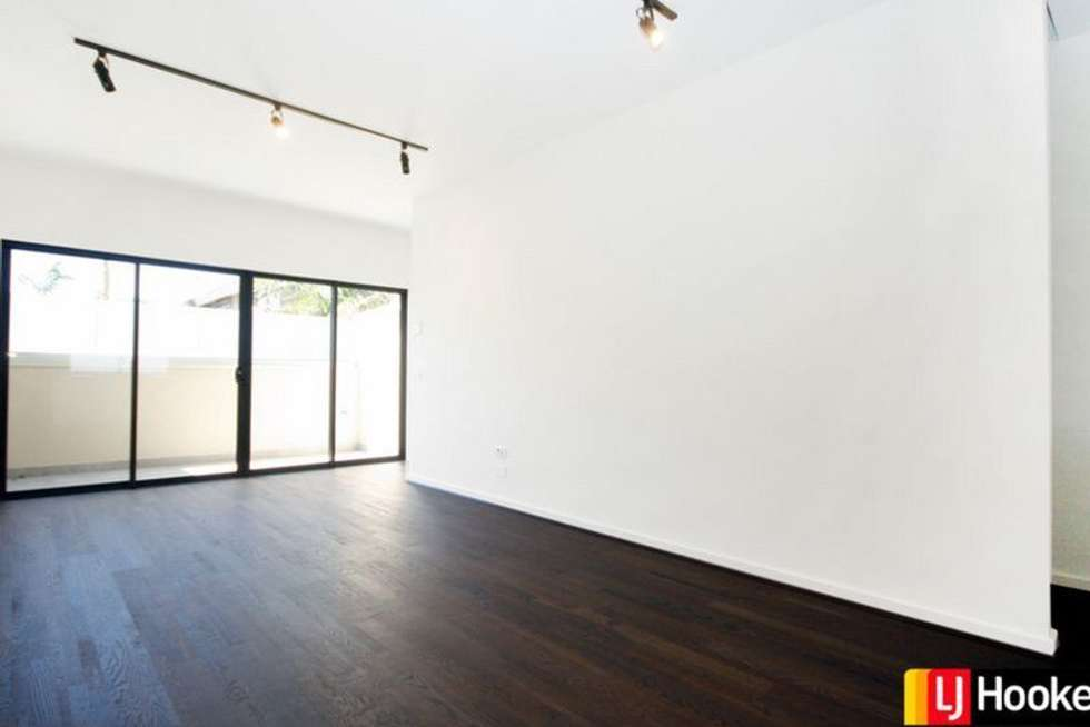 Second view of Homely unit listing, 4/332 Alma Road, Caulfield North VIC 3161