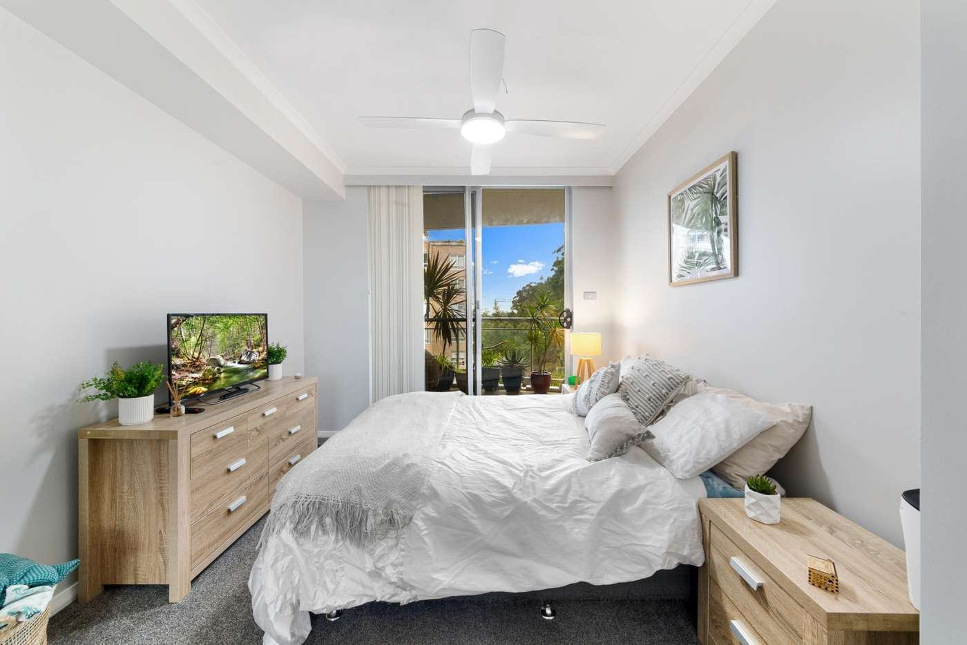 Fifth view of Homely unit listing, 352/80 John Whiteway Drive, Gosford NSW 2250
