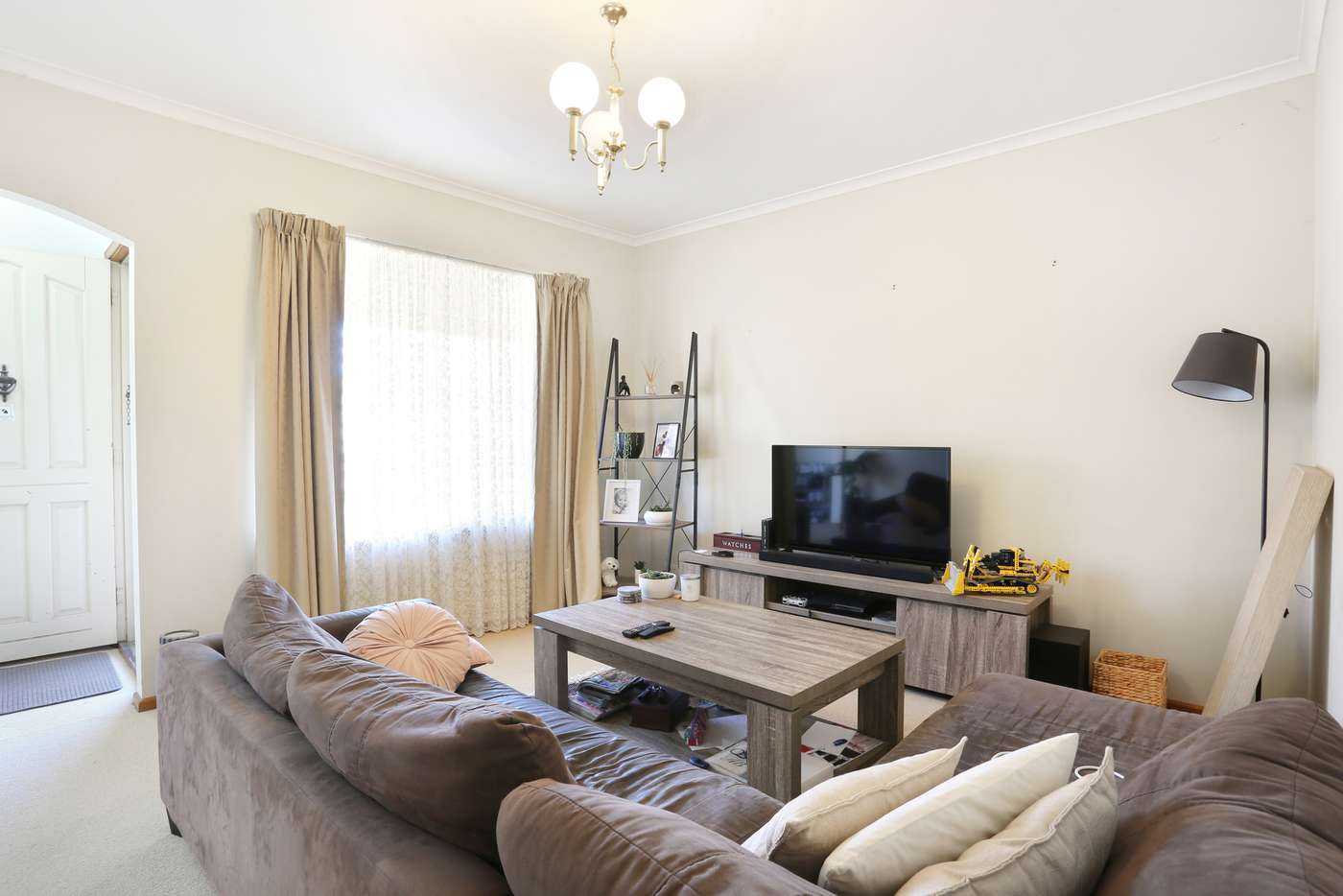 Main view of Homely unit listing, 2/250 Myers Street, Geelong VIC 3220