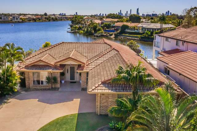3 Clipper Boulevard, Clear Island Waters QLD 4226