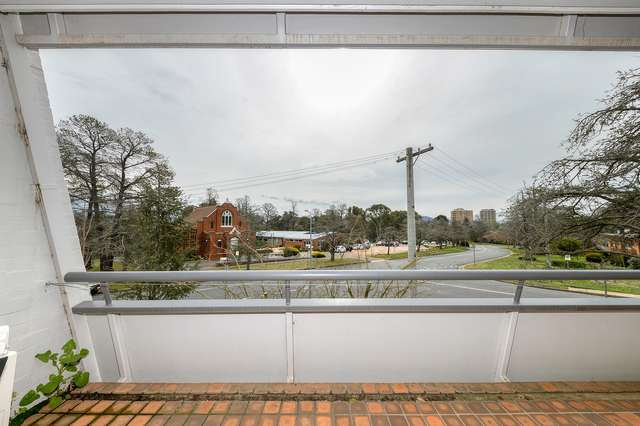 207/10 Currie Crescent, Griffith ACT 2603