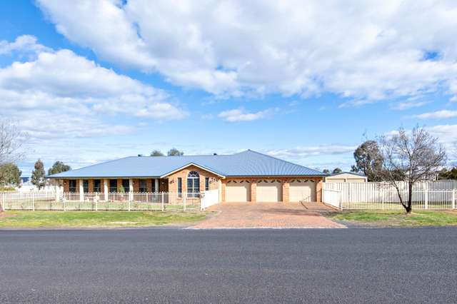 601 Wheelers Lane, Dubbo NSW 2830