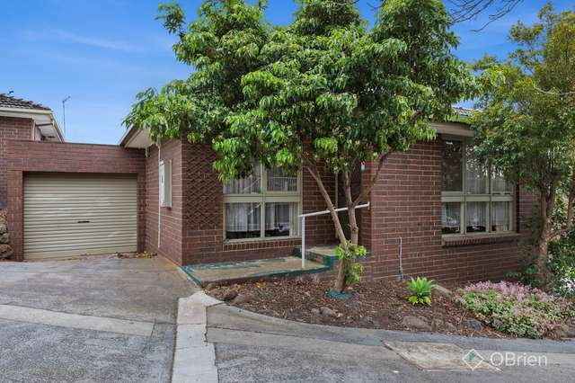 18/16-20 Laurence Avenue, Airport West VIC 3042