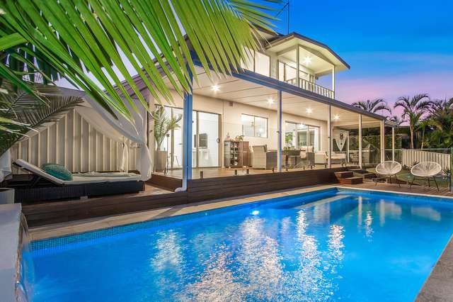 120 Rio Vista Boulevard, Broadbeach Waters QLD 4218