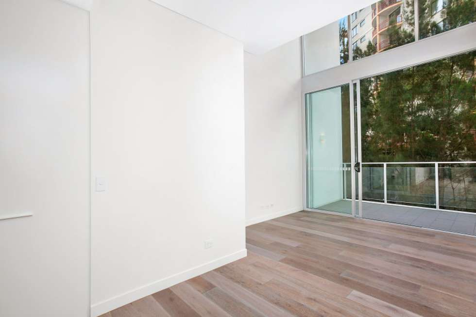 Third view of Homely apartment listing, 703/8 Northcote Street, St Leonards NSW 2065