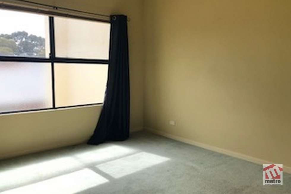 Fifth view of Homely apartment listing, 2/3 Mill Park Drive, Mill Park VIC 3082