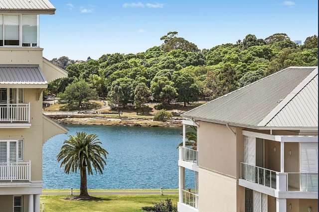 410/2 Rosewater Circuit, Breakfast Point NSW 2137
