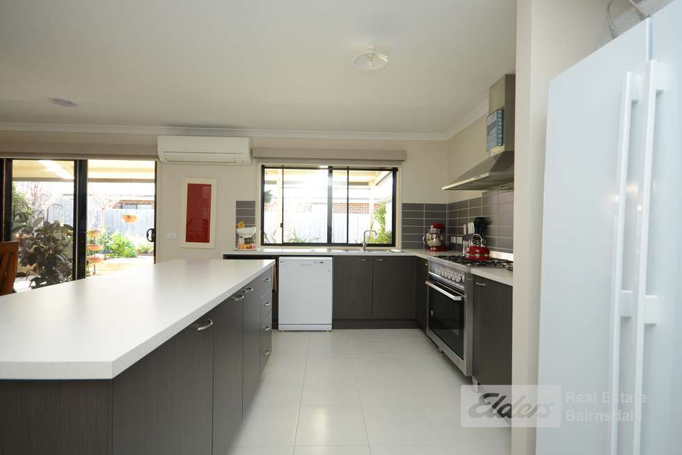 Fifth view of Homely house listing, 2 Stewart Place, Eastwood VIC 3875