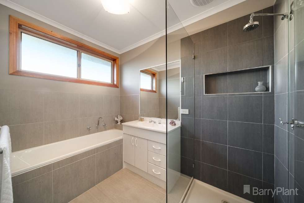 Fourth view of Homely house listing, 1 Rossi Close, Pakenham VIC 3810