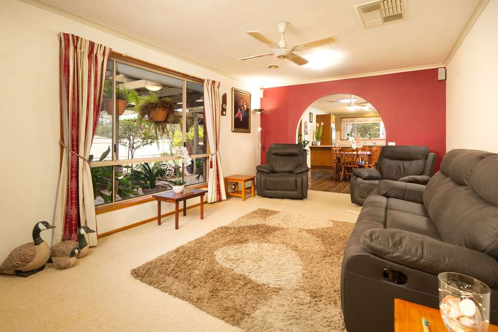 Second view of Homely house listing, 5 Norm Court, Wodonga VIC 3690