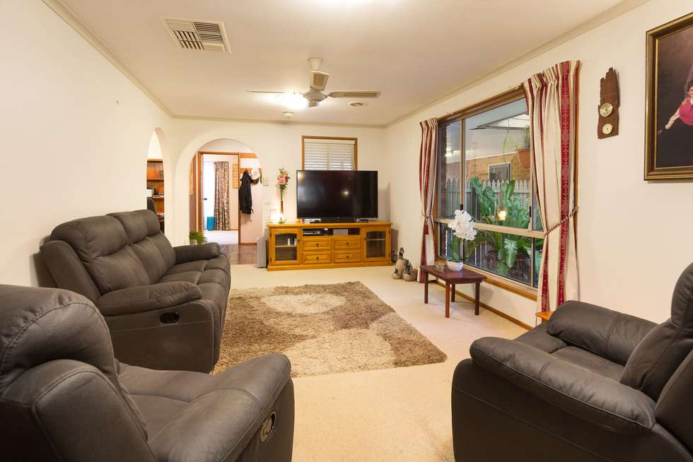 Third view of Homely house listing, 5 Norm Court, Wodonga VIC 3690
