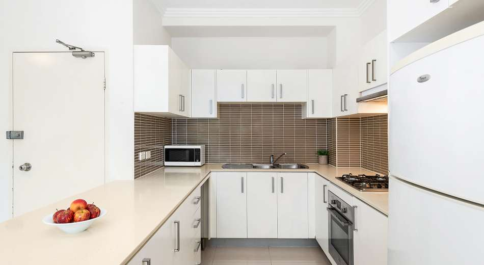 12/217 William Street, Granville NSW 2142