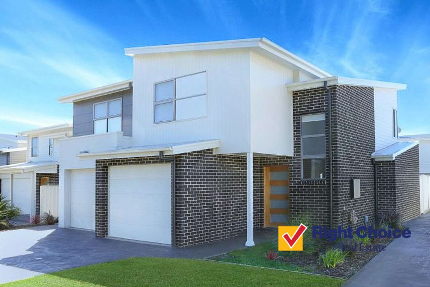 Main view of Homely townhouse listing, 32 Foster Road, Flinders NSW 2529