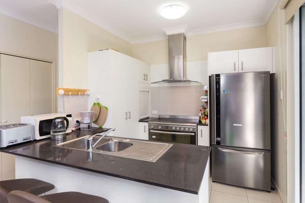 Second view of Homely townhouse listing, 2/9 Greening Street, Mount Gravatt QLD 4122