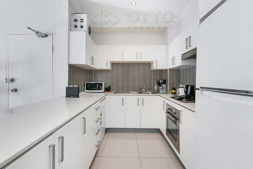 Third view of Homely apartment listing, 6/217-219 William Street, Granville NSW 2142