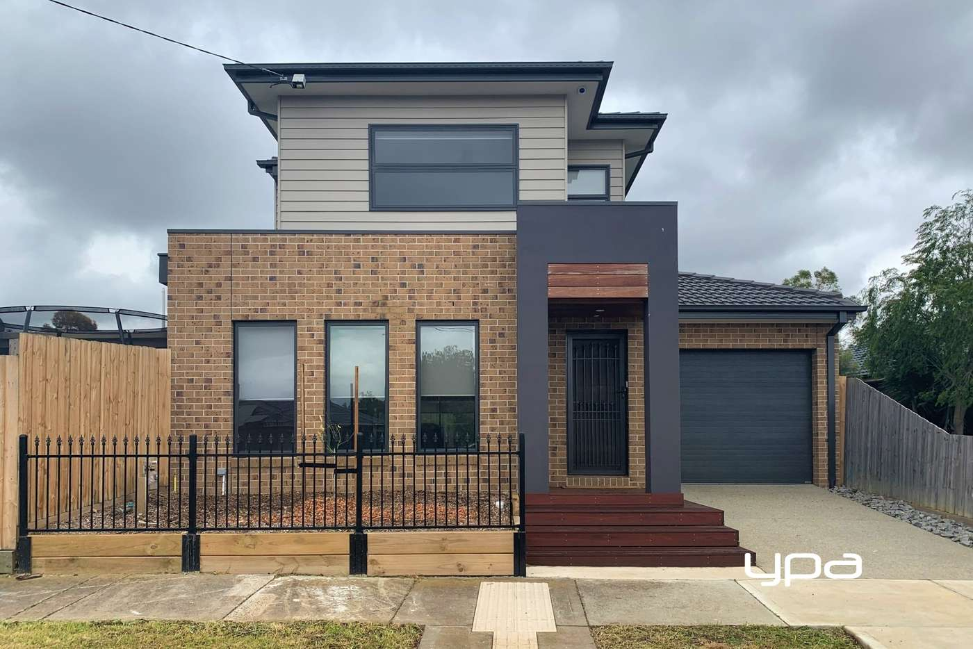 Main view of Homely townhouse listing, 136 Charter Road West, Sunbury VIC 3429