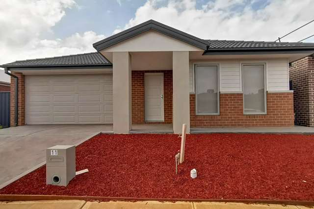 11 Wonnangatta Crescent, Weir Views VIC 3338