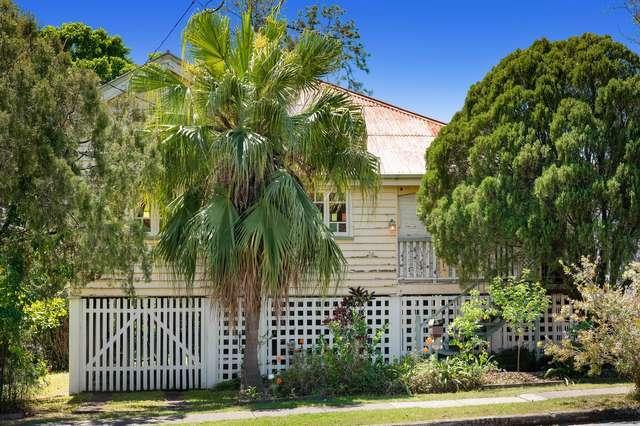24 McIlwraith Avenue, Norman Park QLD 4170