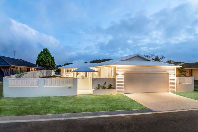 10 Penguin Parade, Burleigh Waters QLD 4220