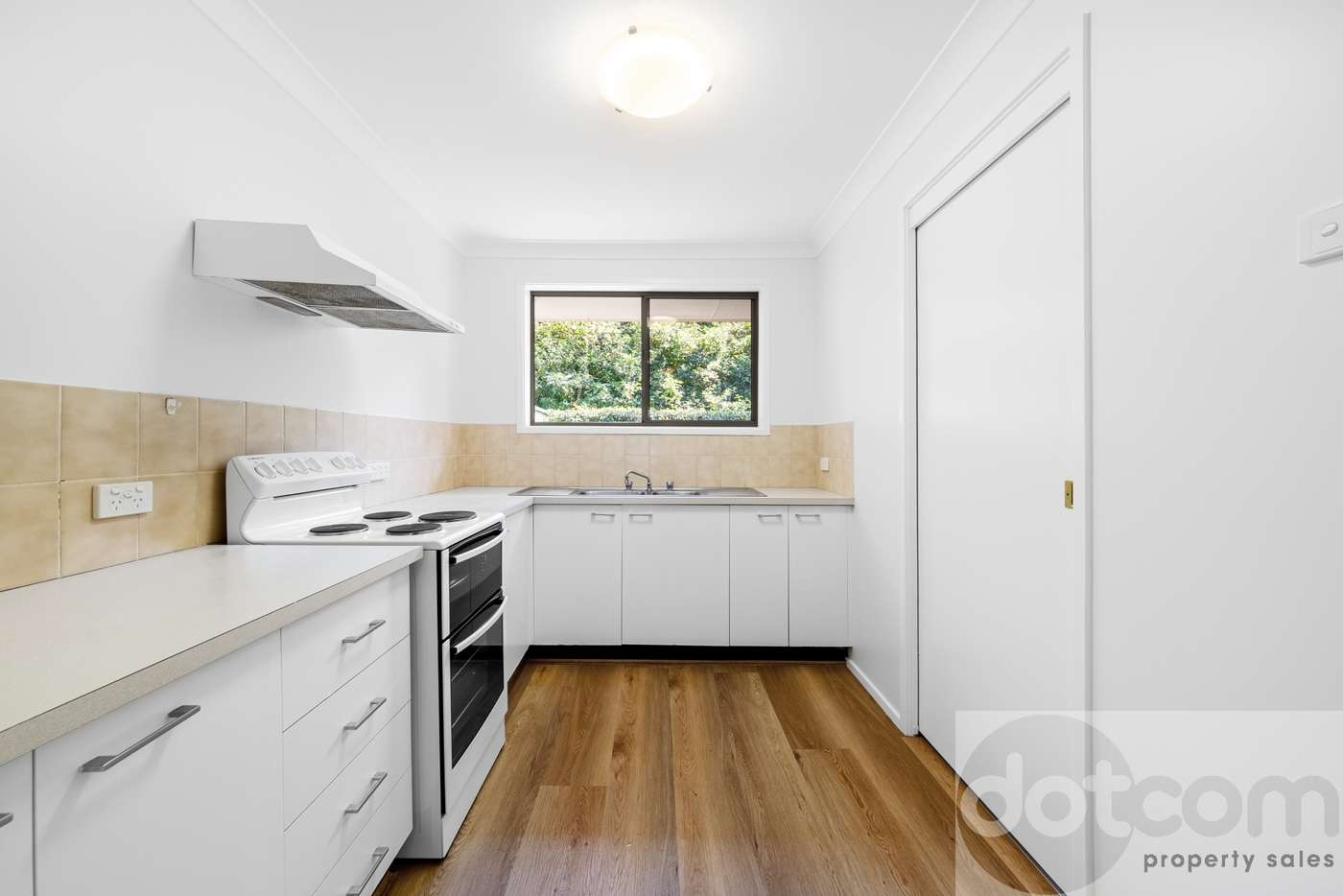 Fifth view of Homely villa listing, 2/207 Albany Street, Point Frederick NSW 2250