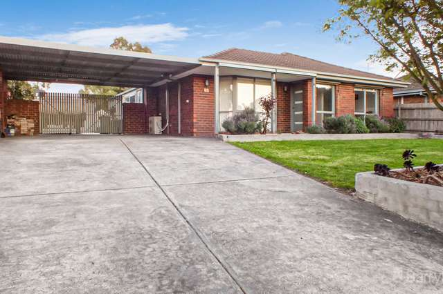 52 Barrington Drive, Pakenham VIC 3810