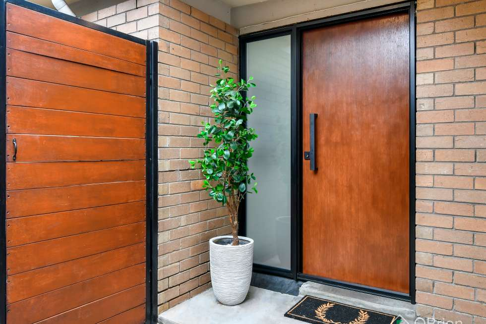 Second view of Homely house listing, 3 Zara Court, Frankston VIC 3199