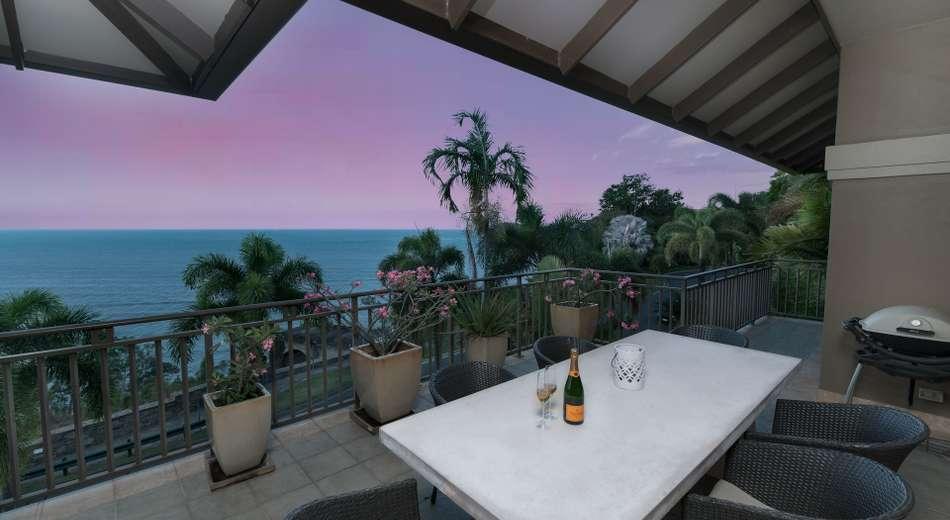 12/11 Colonel Cummings Drive, Palm Cove QLD 4879