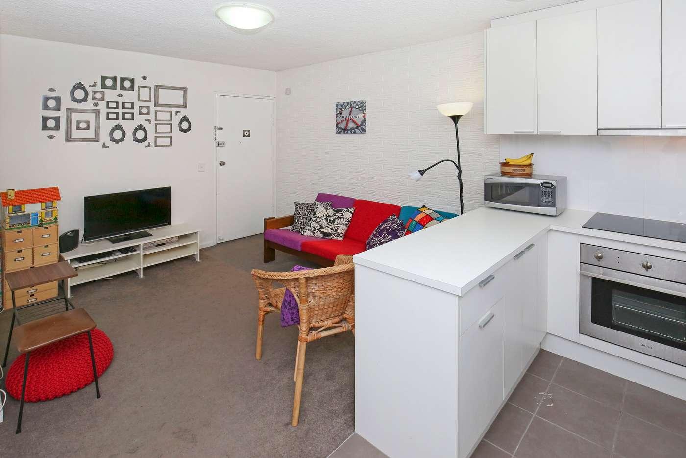 Main view of Homely apartment listing, 6/62 Dundas Street, Thornbury VIC 3071