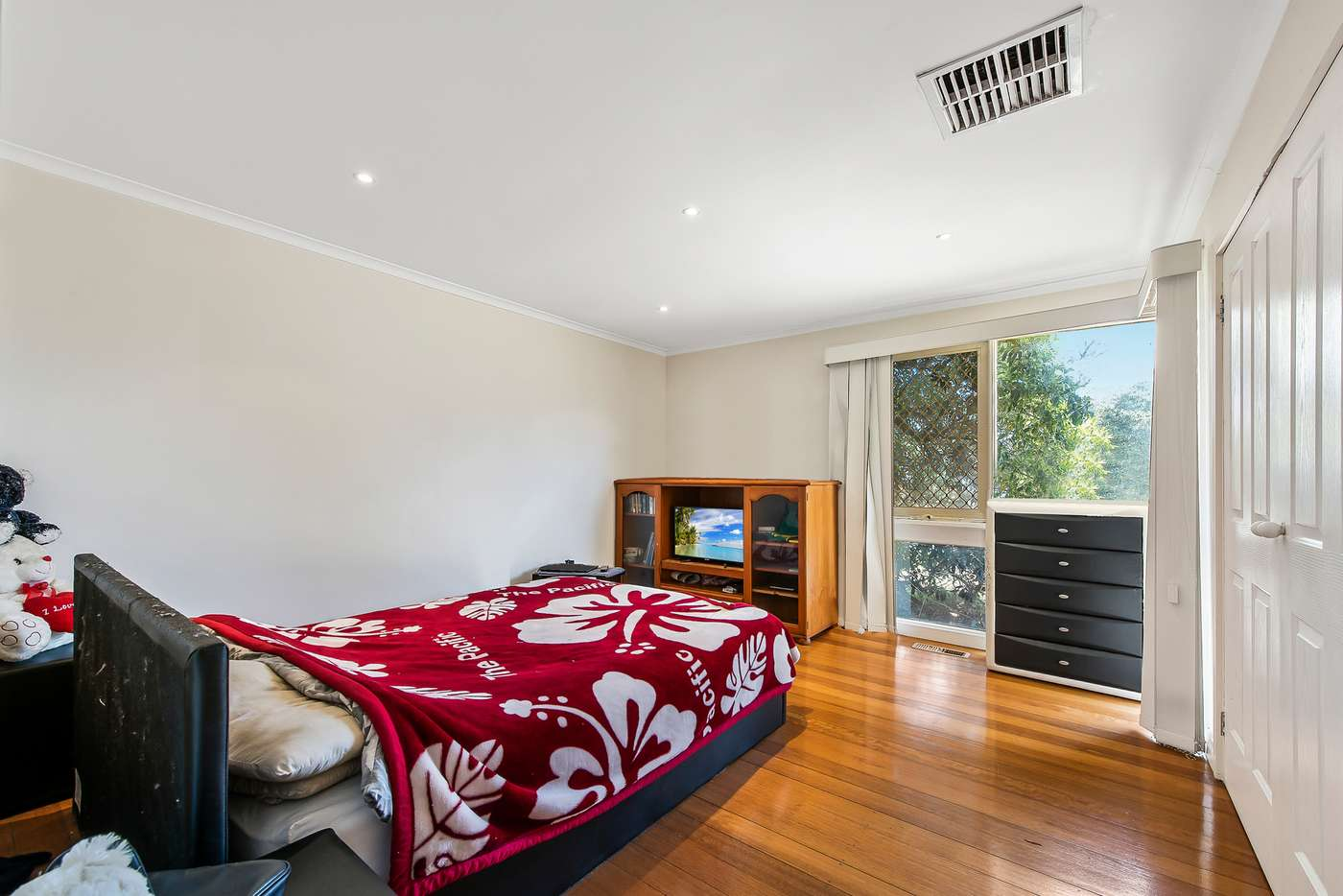 Sixth view of Homely house listing, 9 Lancaster Way, Melton West VIC 3337