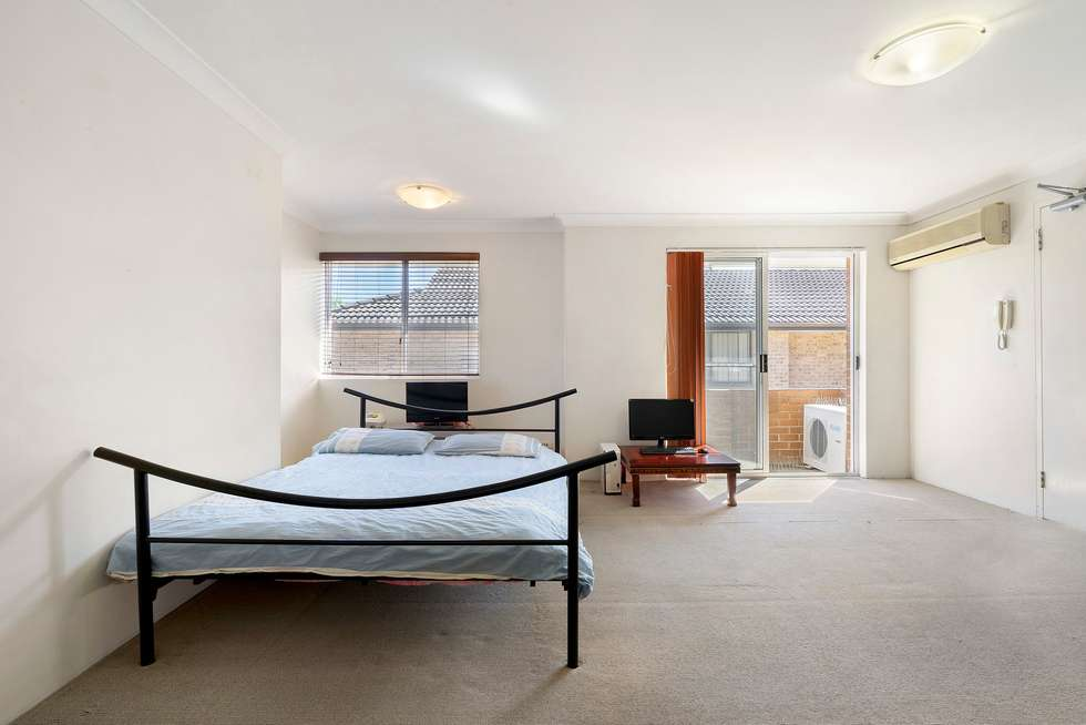 Fourth view of Homely apartment listing, 3/16 Henry Street, Parramatta NSW 2150