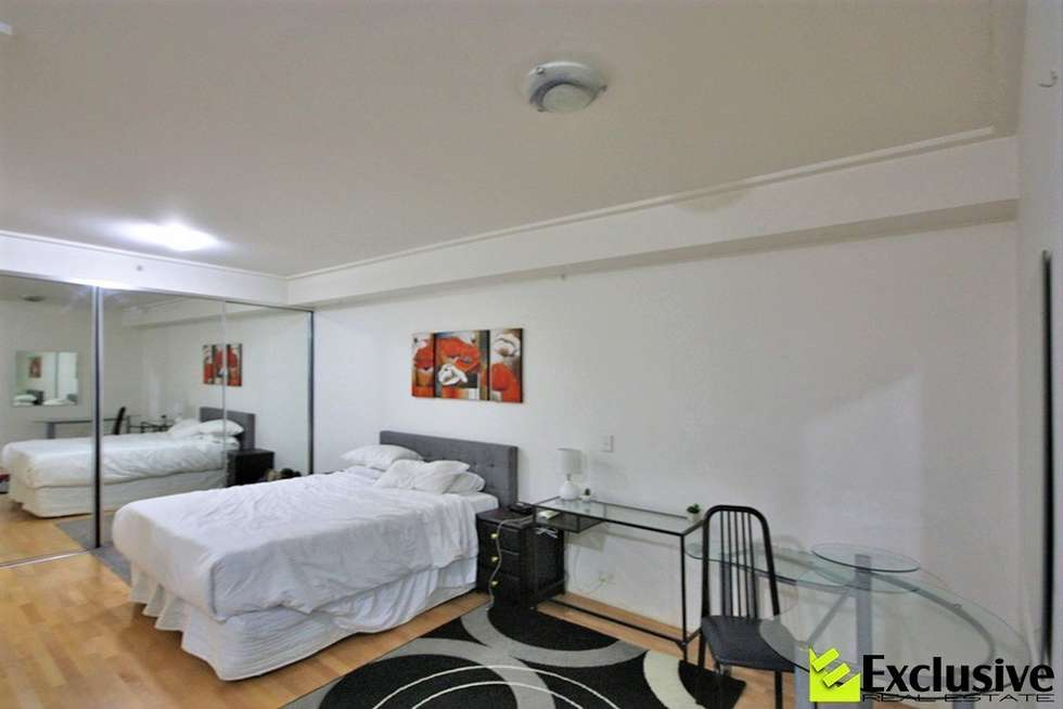 Third view of Homely apartment listing, Level 2/204/355 Kent Street, Sydney NSW 2000