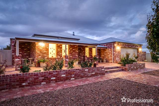 13 Summer Drive, Buronga NSW 2739