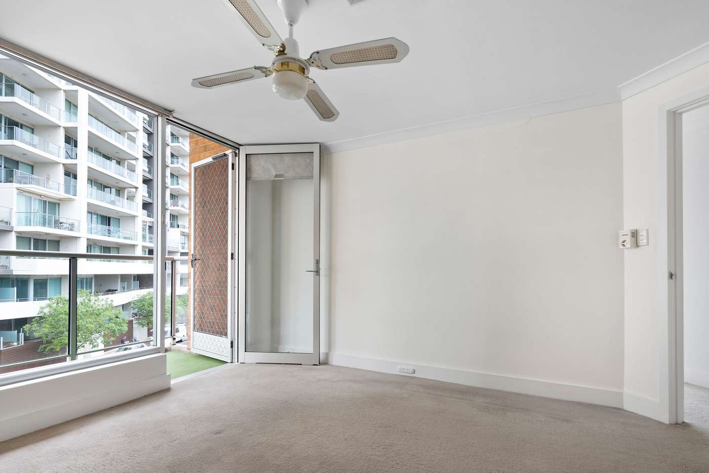 Fifth view of Homely apartment listing, 4/42 Durham Street, Glenelg SA 5045