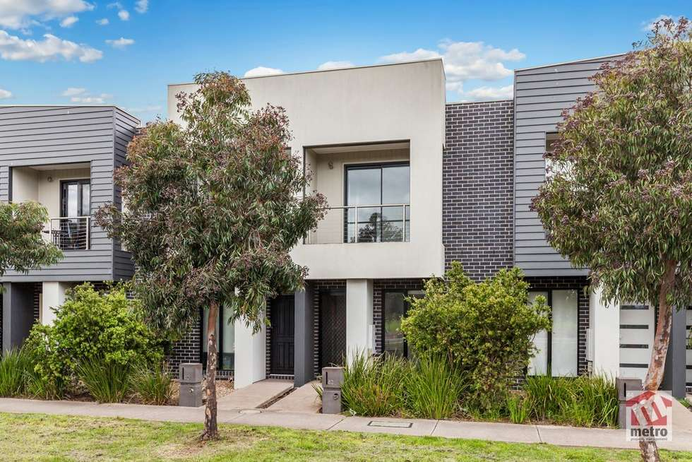 Second view of Homely townhouse listing, 42 Little Windrock Lane, Craigieburn VIC 3064