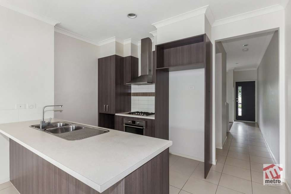 Third view of Homely townhouse listing, 42 Little Windrock Lane, Craigieburn VIC 3064